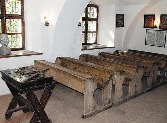 prima-scoala-romaneasca
